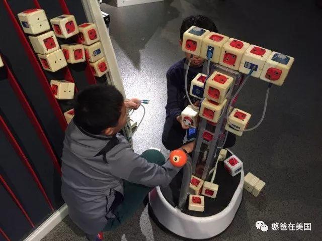 教娃8年机器人后我发现,玩机器人的孩子,优势这么大