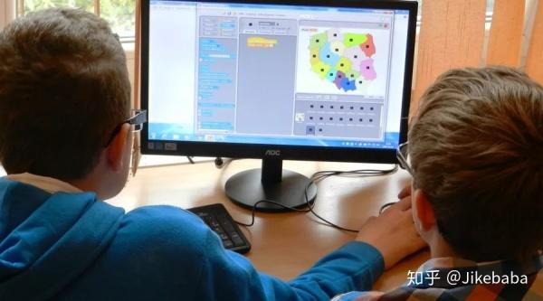 提供一体化AI编程服务,HelloCode帮助孩子零基础学编程