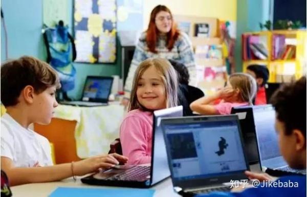 能力橙专注少儿编程思维教育,启蒙孩子发散思维