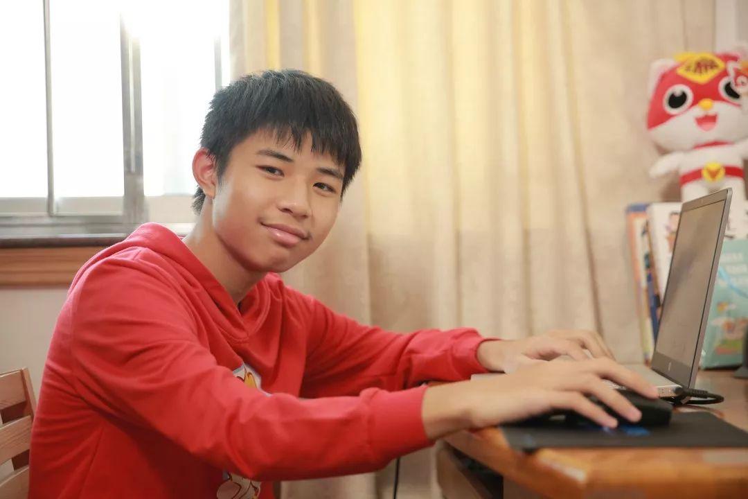 14岁少院士:我是怎么通过学编程,免费去硅谷游学的?