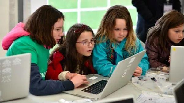 为什么外国5岁孩子就要学编程?原因你一定想知道