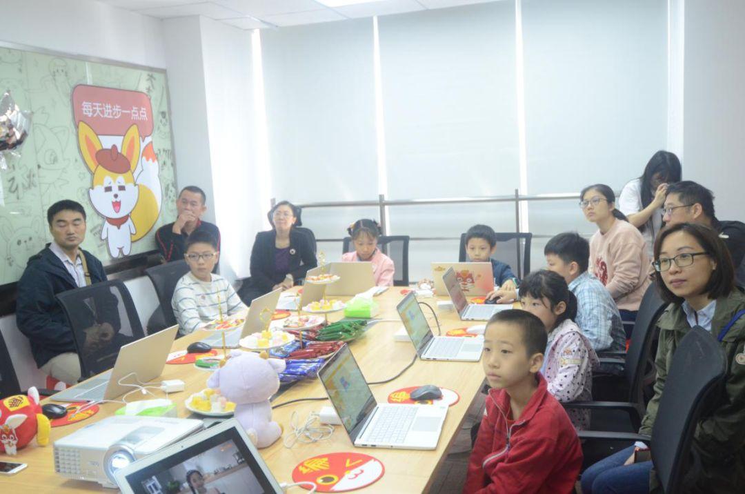 编程猫广州亲子体验课:和孩子一起开启源码世界冒险之旅!